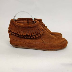 Minnetonka Fringe Ankle Moccasin Booties
